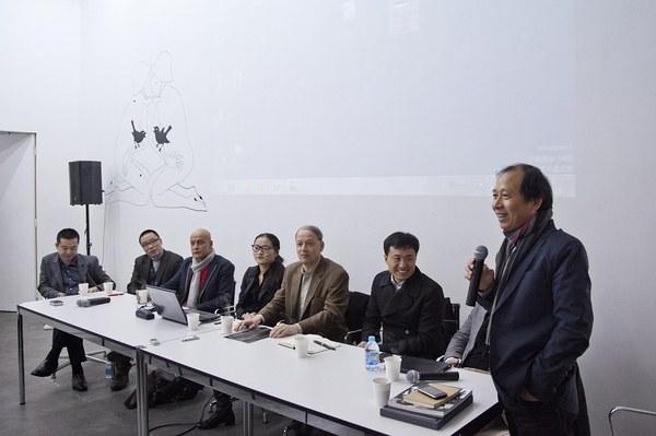从左至右:乔志斌、刘迎九、拉里斯、翁笑雨、文森特、李峰、田霏宇、侯瀚如